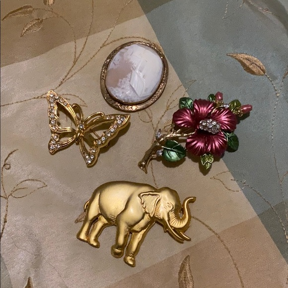 Vintage antique Brooches